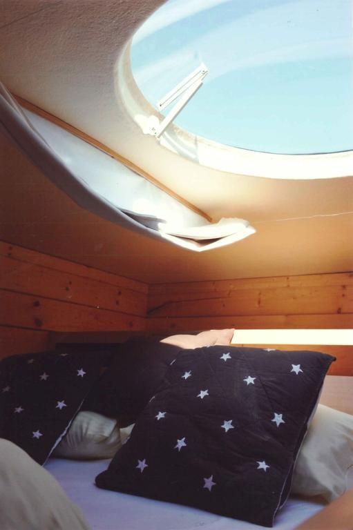 Cabane avec vue sur les toiles salins en seine et marne - Hotel avec piscine seine et marne ...