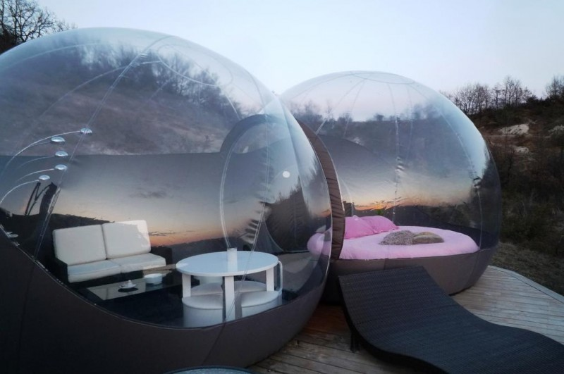 dormir dans une bulle une heure de toulouse en occitanie. Black Bedroom Furniture Sets. Home Design Ideas